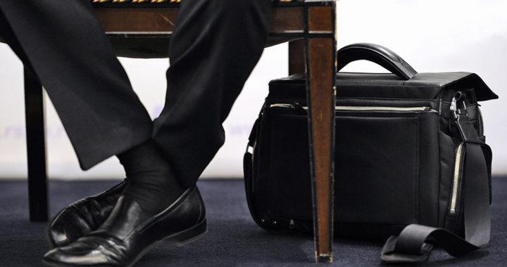 Опрос: что бы вы сделали, заняв депутатское кресло?..