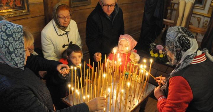 В Малых Муринах прошло освящение новой церкви