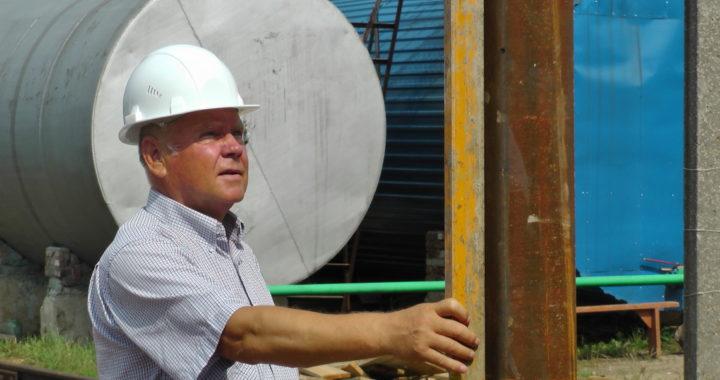 Инженер, директор, депутат… и тяпку «подварить» сможет