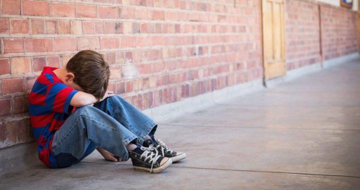Пять историй, как дети страдают в родных семьях
