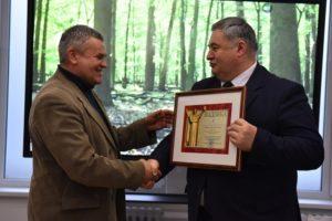Наш земляк получил награду из рук министра информации