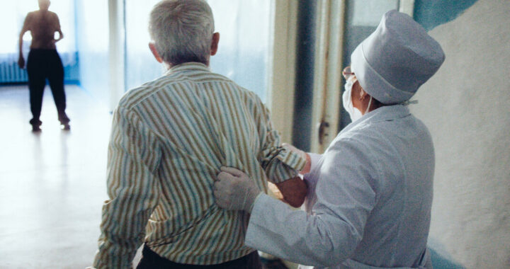 Что заставило врача подать в суд на своего пациента?