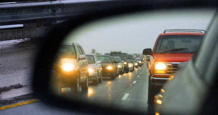 Водитель, с 25 августа включай ближний свет фар!