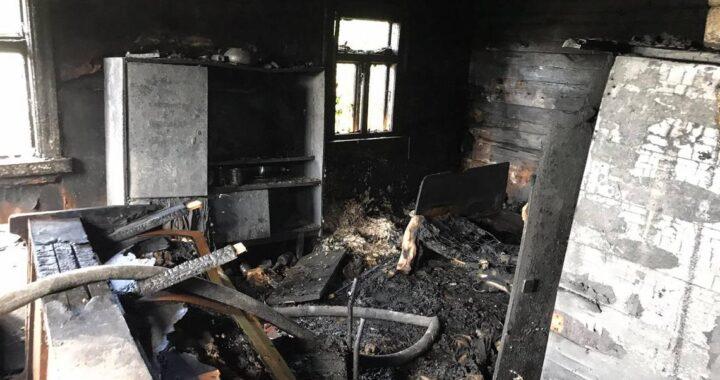 В Подбеле горел жилой дом