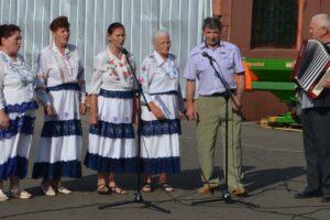 Солисты «Половчанки»: «Выступали на песенном картофельном фестивале»