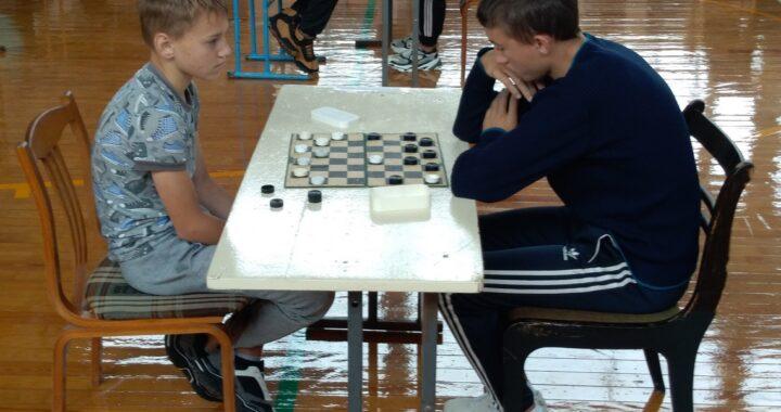 В Каменце прошли соревнования по шашкам. Победители названы