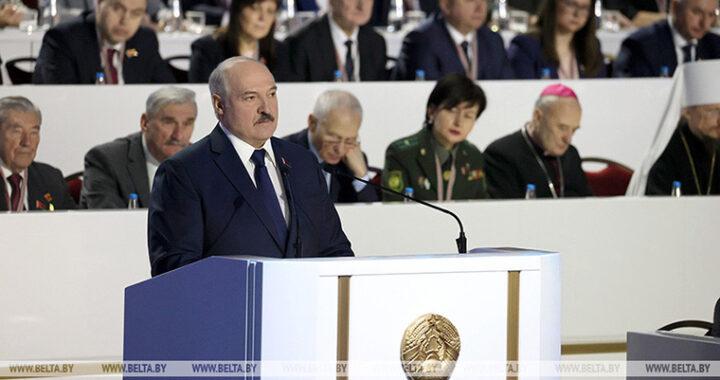 Александр Лукашенко: «Беларусь выстоит, чего бы это ни стоило»