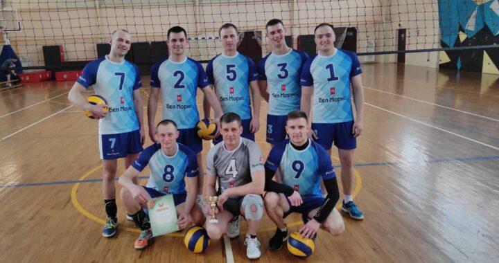 Спортзал в Минковичах по вечерам собирает любителей спорта