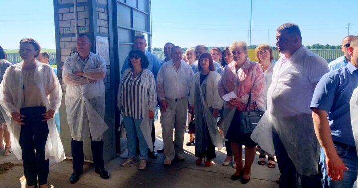Депутаты района знакомятся с развитием аграрного бизнеса